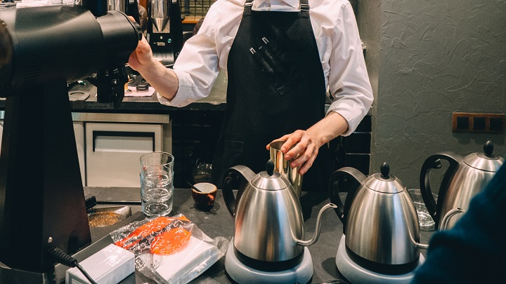 How Does a Pour Over Coffee Kettle Work