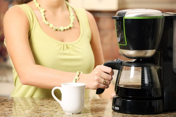 Equipment to Make a Latte at Home - Coffee Maker