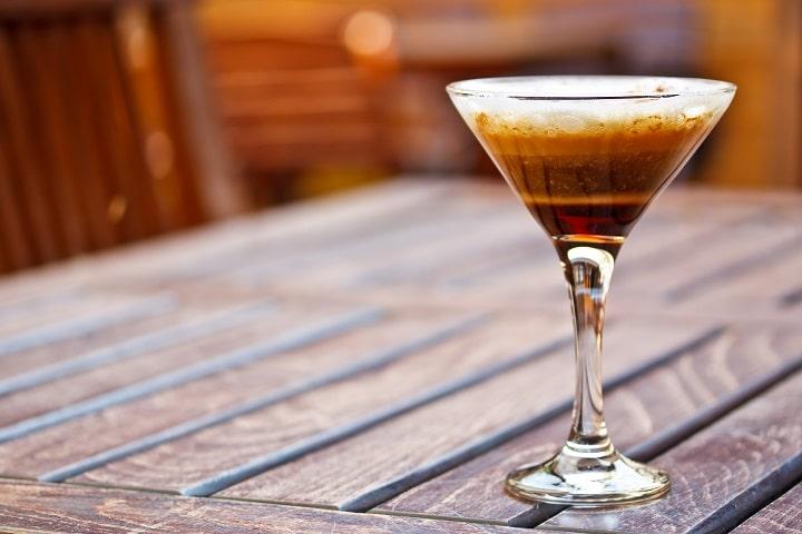Best Cold Coffee Cocktail Recipes - Espresso Martini