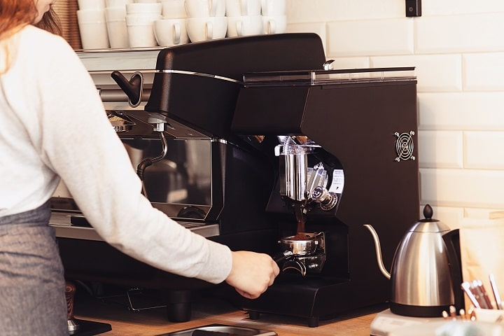 How to Use a Coffee Maker Made in the USA