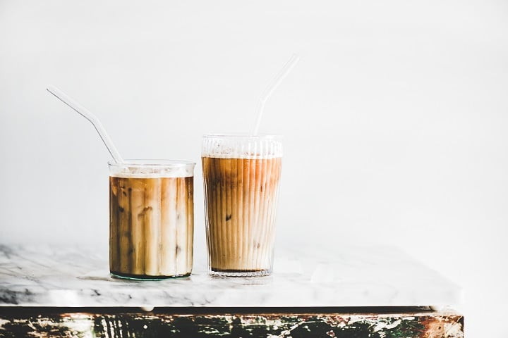 Pros and Cons of Drinking Iced Coffee
