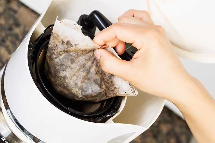 15 Coffee Filter Substitutes You Can Find Even In Your Home