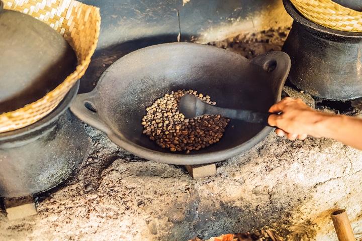 How to Brew Pour Over Kopi Luwak