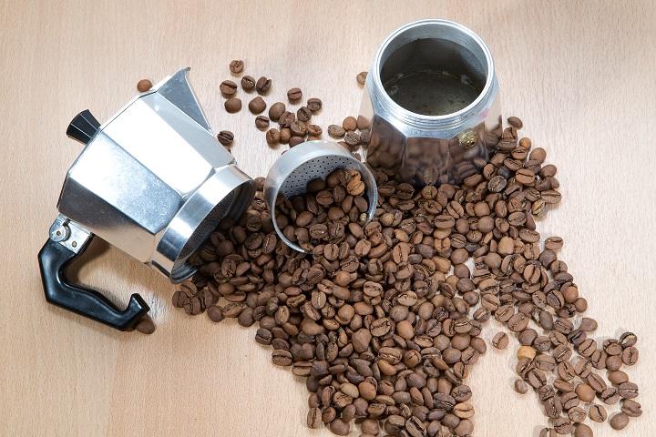 Moka Pot vs Espresso Machine Comparision - Additional Equipment