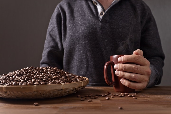 Do's and Don'ts When Eating Coffee Beans