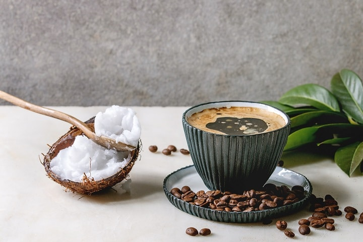 Pros and Cons of Coffee With Coconut Oil