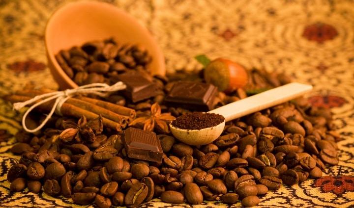 Cinnamon Powder to Coffee Creamer
